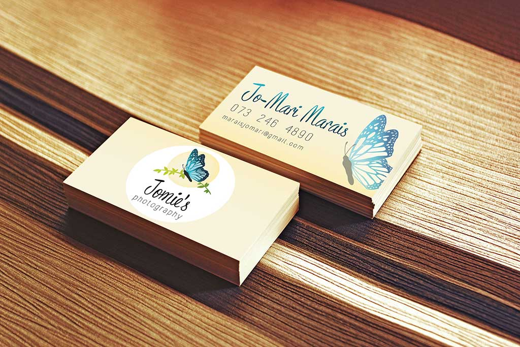 Jomies_Photography_Business_Card_Mockup_2_web